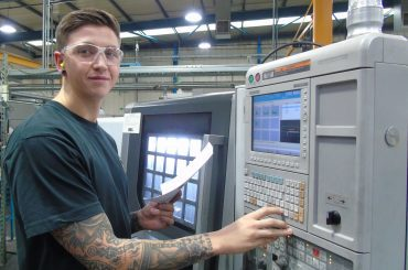 Elliot, CNC Machinist, CMP Products